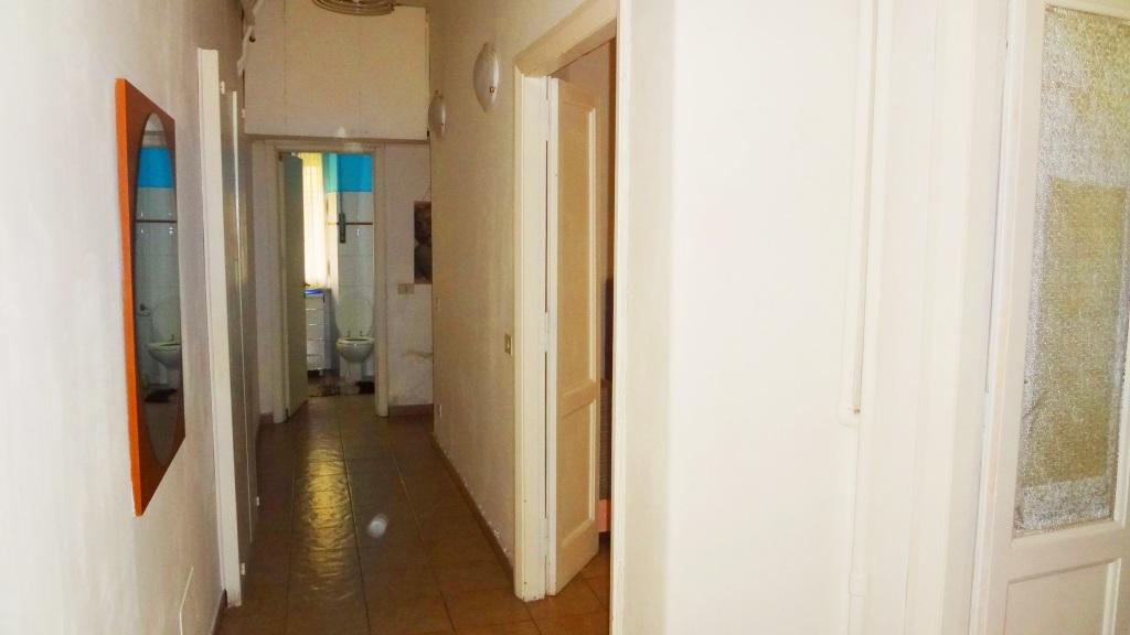 Vendesi appartamento di 45 mq a roma in zona cipro house for Vendesi appartamento a roma
